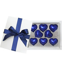 Chocolate bonbons in a lima box, lima chocolate hearts, gifts in Lima, gifts for friends in Lima, gift shop, lima chocolates