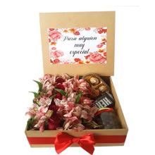 Gifts with roses, roses delivery, roses in the box, roses for gifts, gifts for anniversary, rosatel, gifts with stuffed animals, mother's day gifts, gift delivery, gifts for lovers, gifts in Lima Peru, gift delivery, arrangements floral for delivery
